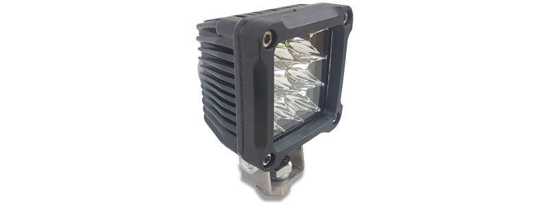 New LED mini cube – pole mounts and only 50mm x 50mm