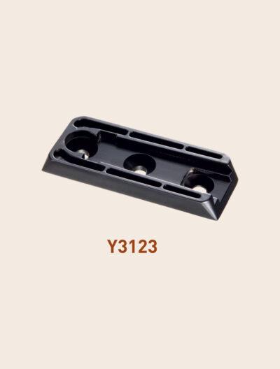 Y3123 bracket